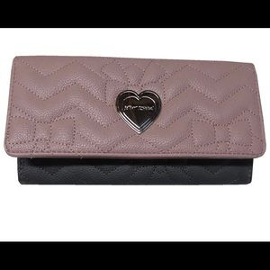 NEW💗💕Betsey Johnson Quilted Flap Closure Wallet